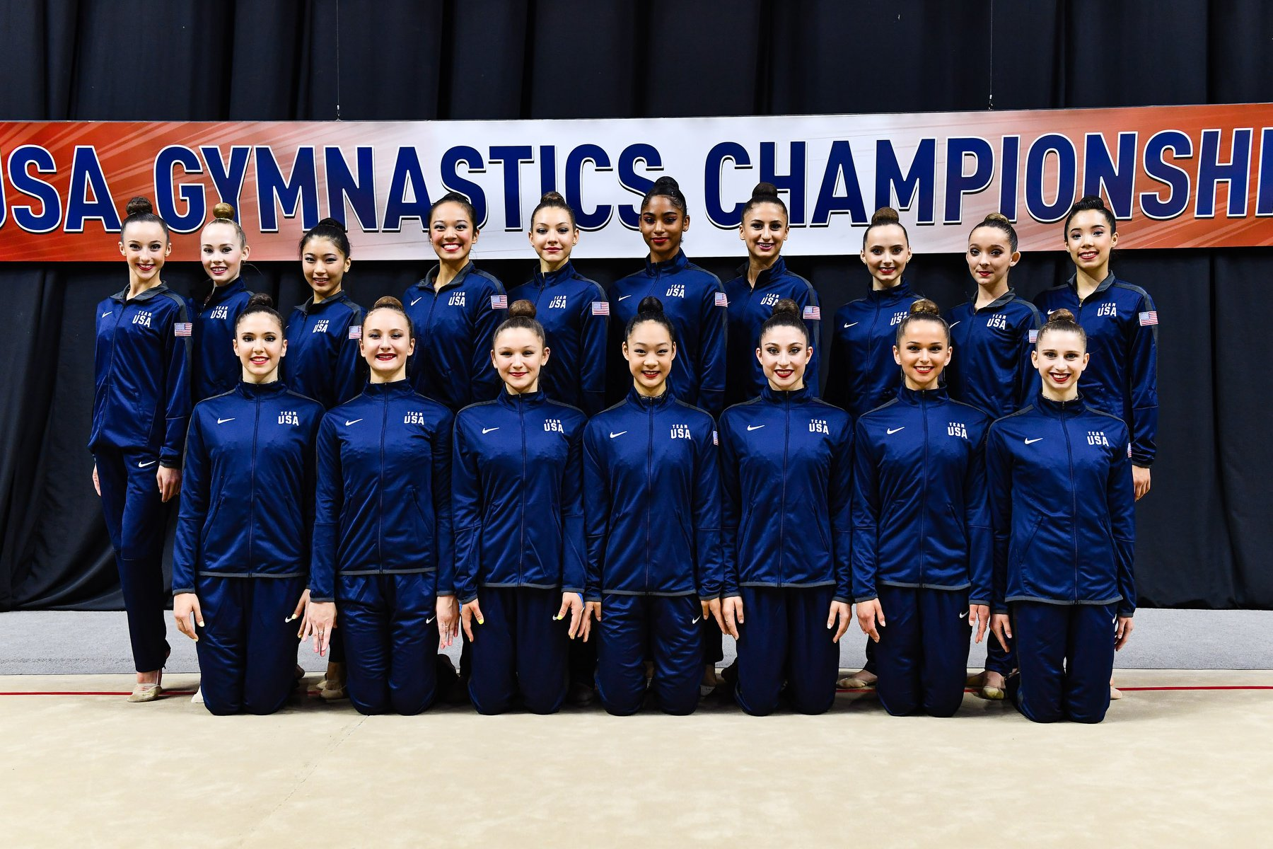 The new 2019-2020 Senior National Team at the USA Gymnastics Championships. Elena Shinohara is third from the left on back row (Credit: USA Gymnastics)